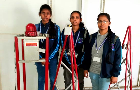 Varanasi students develop glacier flood sensor alarm