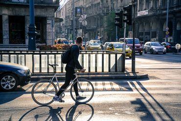 Uber exploring autonomous bikes, scooters option