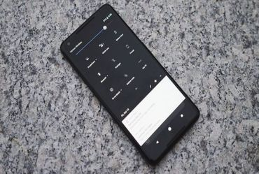 Android 'Q' may bring system-wide 'Dark Mode'