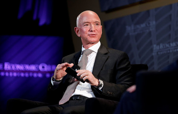 Bezos snubs eBay,Walmart in shareholders'letter