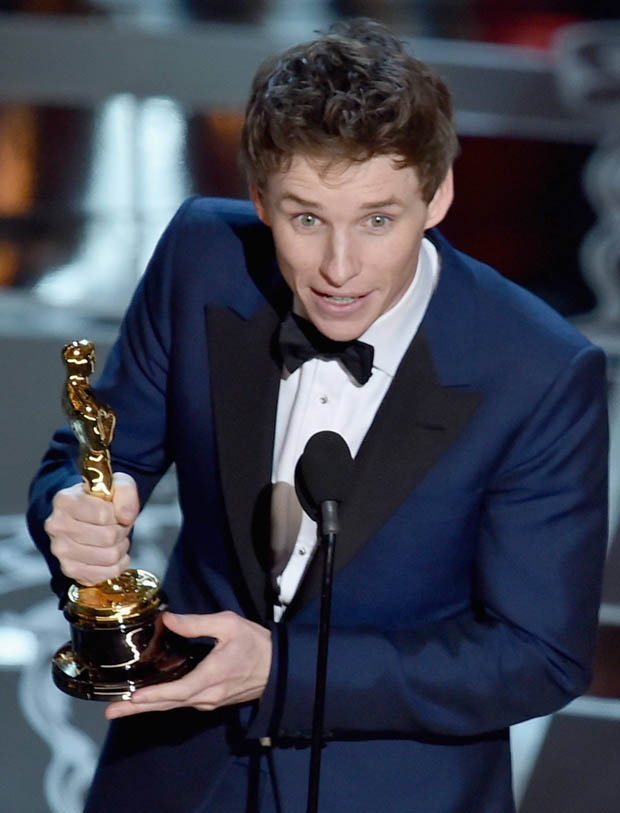 Redmayne, Moore Named Best Actors At Academy Awards