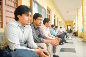 Real Fact: Only 11 Pct Private Engineering College Grads Can Readily Get Jobs