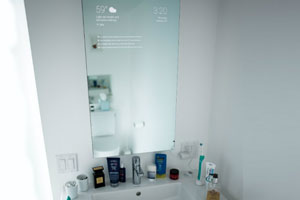 Google Engineer Builds Android-Powered Smart Bathroom Mirror