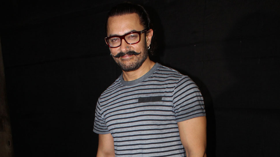 Fell in love first time when I was 10: Aamir Khan