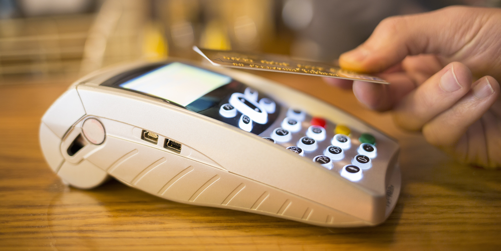 Know More About Contactless Credit And Debit Cards