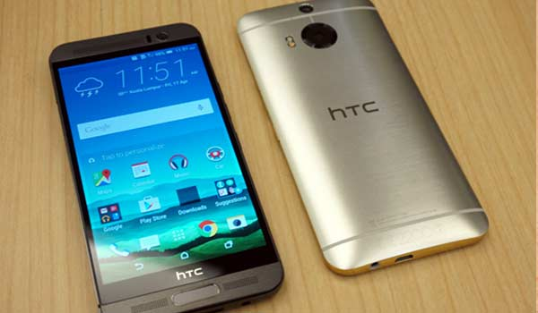 Top 10 Smartphones for October 2015