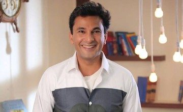 Chef Vikas Khanna To Present Book 'Utsav' To Barack Obama