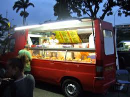 10 'Yummie'licious Food Trucks In Bangalore
