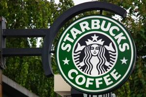 Starbucks To Add 240,000 Jobs Worldwide By 2021