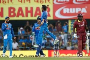 4th ODI: Clinical India outshine Windies in style