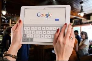 Google showing poll results live across its platforms