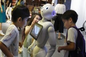 AI robots to boost spoken English skills of Japanese student