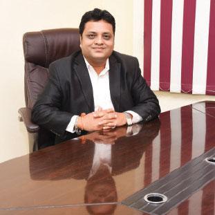 Rahul Jain, Namil Tiwari & Ritesh Dhrangdharia,Co-Founder