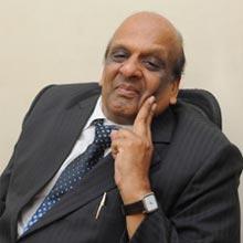 Suresh Kothari, Chairman,Mahesh Kothari, Managing Director, Surender Kothari, Executive Director, Pradeep Kothari, Executive Director
