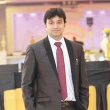 Yogesh Vashishtha,Founder & CEO