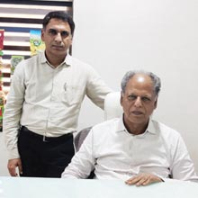Jagdish Thakkar, Chairman & Managing Director,Ritesh Thakkar, Joint Managing Director