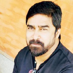 Dr. Shivkumar Raghavan,Founder & Director