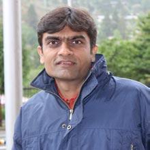 Ravisha Parikh,Director