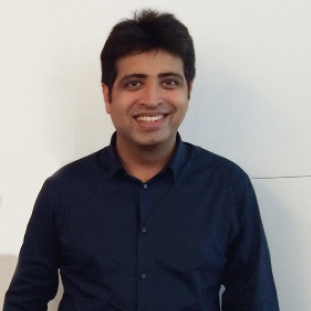 Deepak Karnani ,Co-Founder & Director