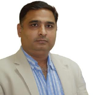 Punit Thakkar,Director & CEO