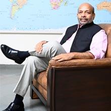 Dr. Nagesh Bhandari, Presidential Secretariat,Smt. Ritu Bhandari, Presidential Secretariat