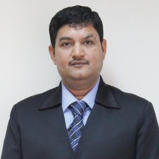 Vineet Dwivedi,Founder & CEO