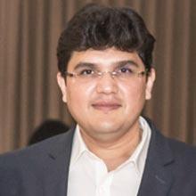 Dakshesh Shah,CEO