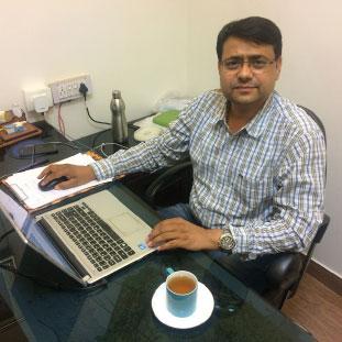 Vinay Prajapati,Founder & CEO