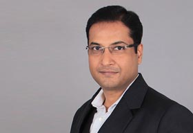 Ravi Mittal, Managing Director, Makeup Studio Training Centre India