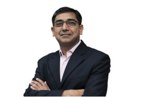 Arvind Murarka, Head- IT and Neeraj Kumar Lal, Head- Strategic Initiatives,  Arohan Financial Services