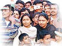 Desi Flicks with Videshi Look