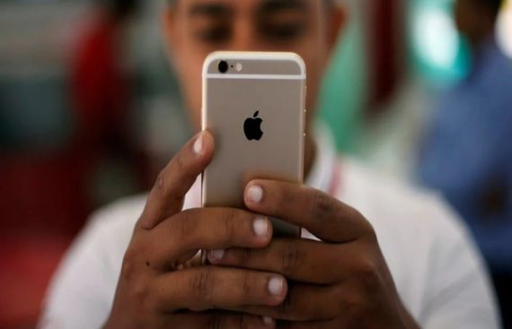 Foxconn set for mass production of iPhones in India