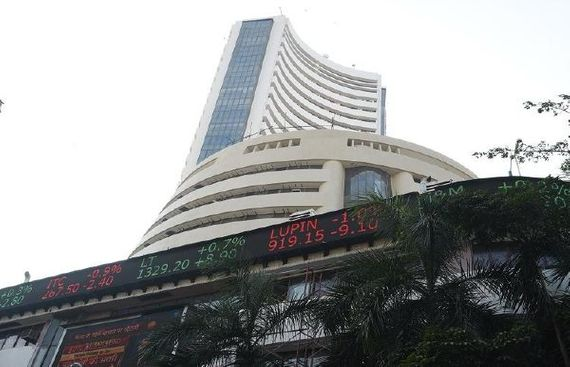 Sensex Ends Below 38,900 After Sharp Sell-off in Final Hour