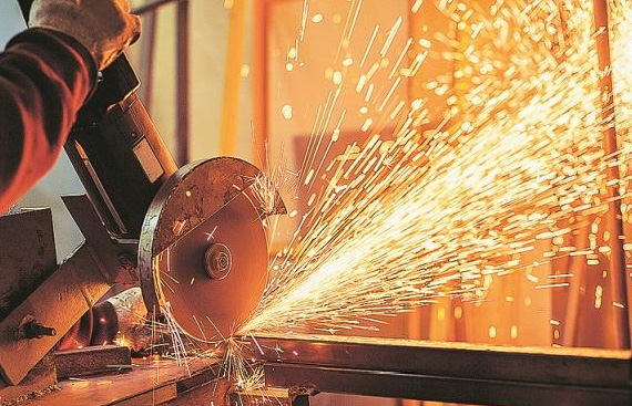 India services PMI growth eases in March