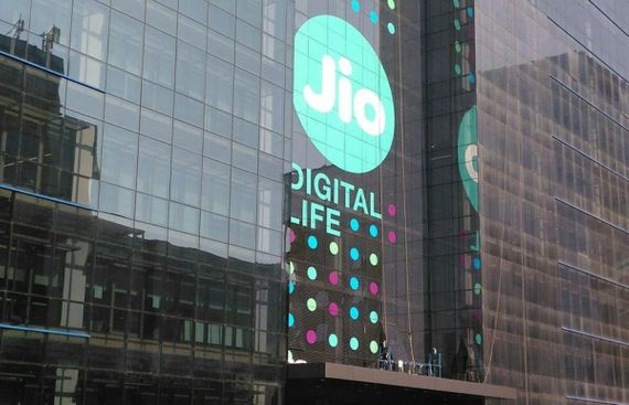 Jio Offers 1-year 'Unlimited Services' for Rs 2020