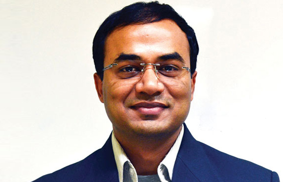 AI & VR Is The Future of Learning: Nitin Bansal