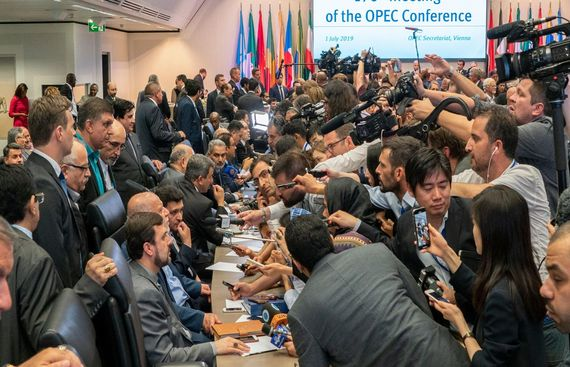Non-OPEC Countries Agree to Extend Supply Cuts
