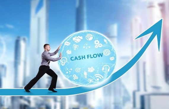 How can Small Businesses Handle Cash Flow Efficiently?