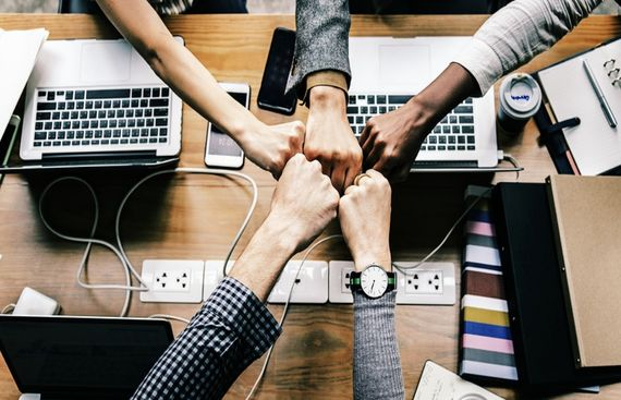 How to Motivate and Energise Your Team At Workplace?