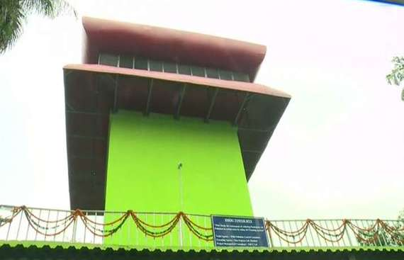 CM Kejriwal inaugurates India's first smog tower in Delhi