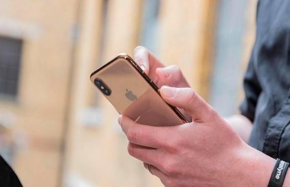 Contacts on iPhones vulnerable to hack attack: Report