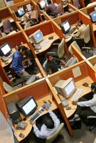 BSNL's outsourcing deal might impact 30,000 jobs