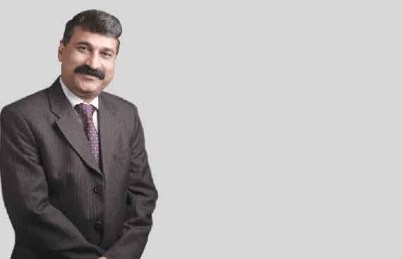 Mehmood M Shares on How to Manage Insurance Portfolio With a Smartphone