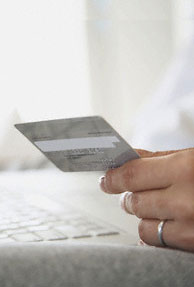 Credit card defaulters to be tracked through job sites