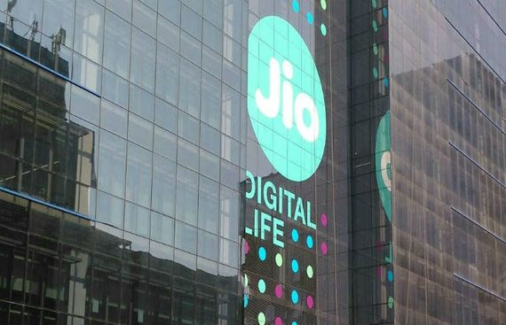 Jio may have largest subscriber base by end of FY20: Expert