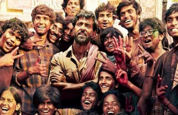 Hrithik gives wings to poor kids in 'Super 30' trailer