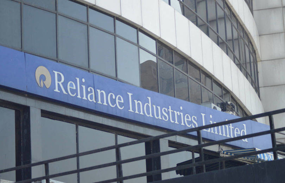 Reliance to digitise 5 mn Indian kirana stores by 2023