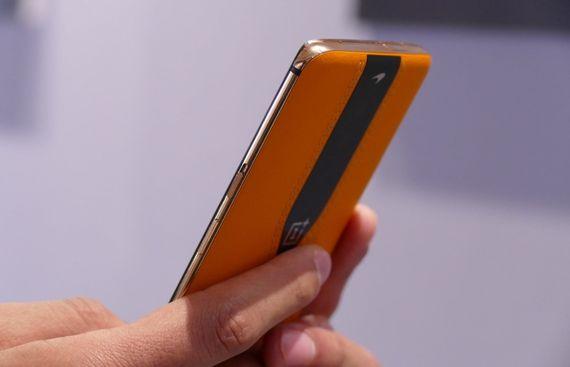 OnePlus Unveils its New 120Hz Fluid Display