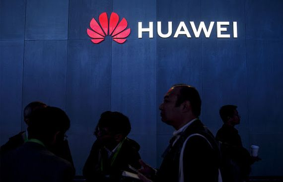 Science publisher IEEE lifts ban on Huawei reviewers