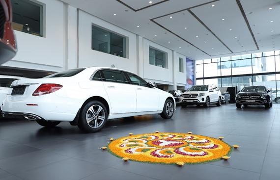 Mercedes-Benz India delivers 550 cars during Navratri, Dussehra